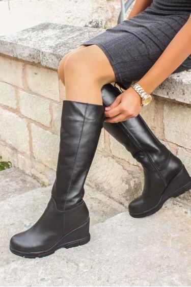 Hakiki Deri Kürklü Siyah Kadın Dolgu Topuk Çizme 407KZA3314