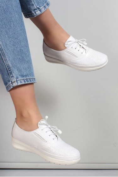 Hakiki Deri Beyaz Kadın Casual Ayakkabı 881ZA1080LZR