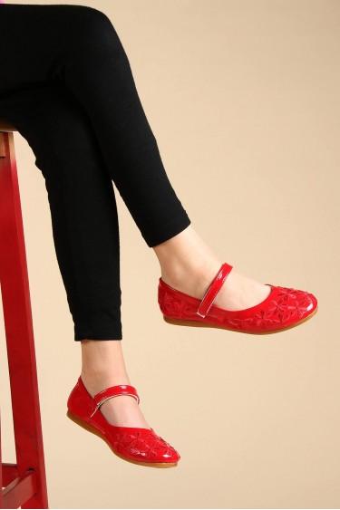 Kırmızı Rugan Kız Çocuk Babet Ayakkabı 891FA508