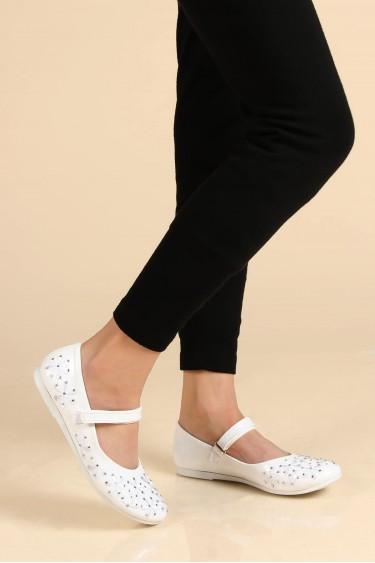 Beyaz Rugan Kız Çocuk Babet Ayakkabı 891FA508