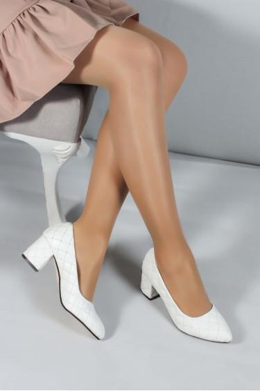 Beyaz Kadın Kısa Topuklu Ayakkabı 961ZA550