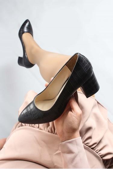 Siyah Kroko Kadın Kısa Topuklu Ayakkabı 961ZA551