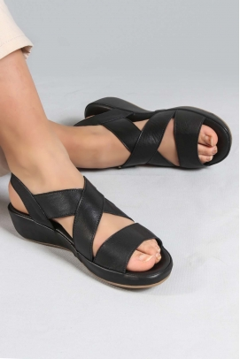 Hakiki Deri Siyah Kadın Klasik Sandalet 864ZAR05
